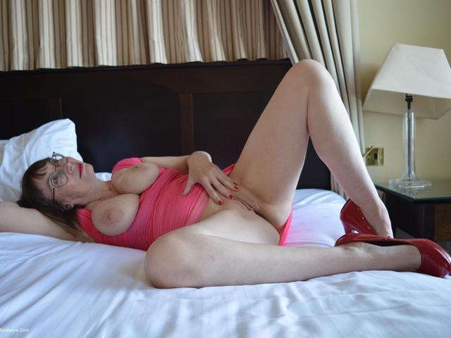 BarbySlut - Barby Calls Room Service