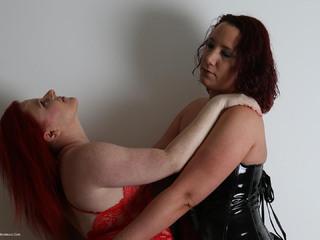 Phillipas Ladies - Roxy  Sara Banks Picture Gallery