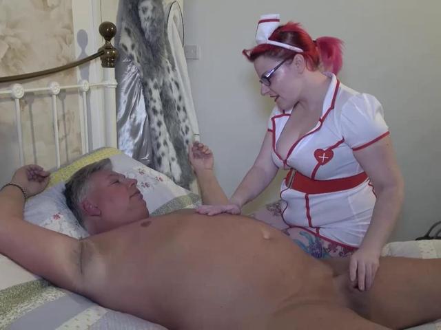 MollieFoxxx - Nurse Fucks Her Patient Pt1