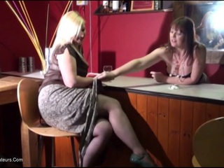 Samantha - Sam  Fern Play In The Bar Pt1 HD Video