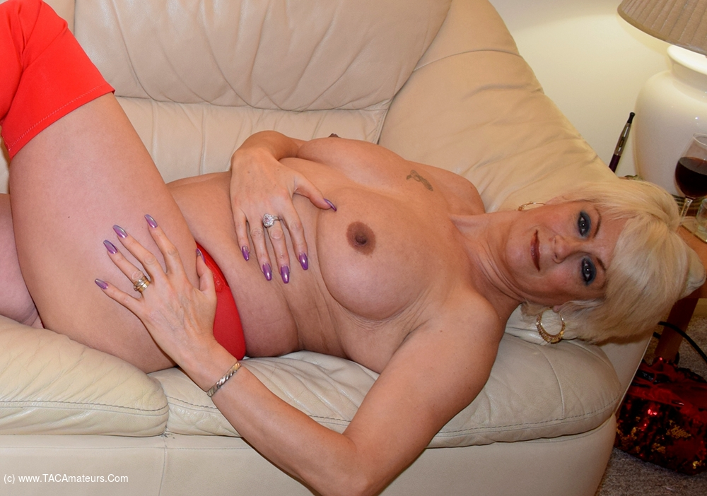 PhillipasLadies - Dimontys Crotchless Panties  Red Thigh Boots