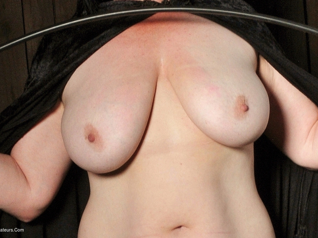JuiceyJaney - Cum Give Me Your Bollocks