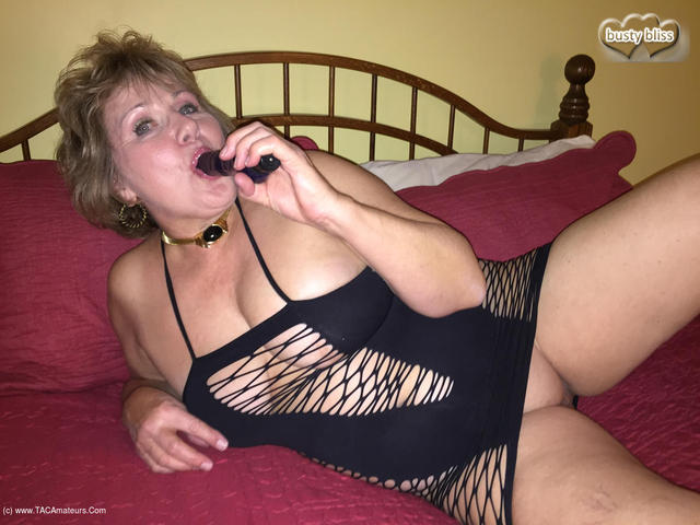 BustyBliss - Cumming Hard In My Black Lace Up Straps