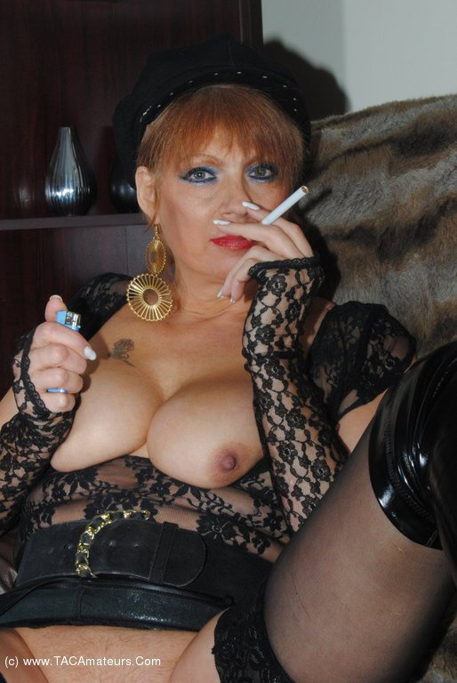 Mature Fanny Gallery 97