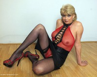 Red Fishnet