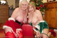 Mrs Santa & Her Elf