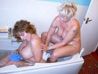 Bath Time With Raz Pt1