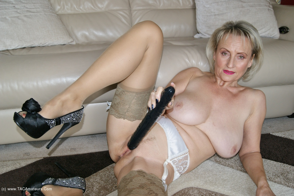 Double Ended Dildo Fuck 40