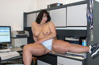 IMG 5123 Free Lesbian Teen Porn   Bored at Work Classic Porn Archive