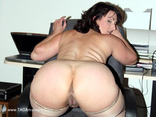 Porno ravishing reba nude images amateur porn